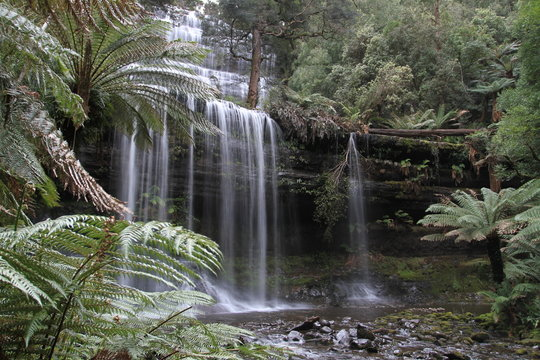 waterfall in south tasmania