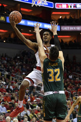 NCAA Basketball: Siena at Louisville