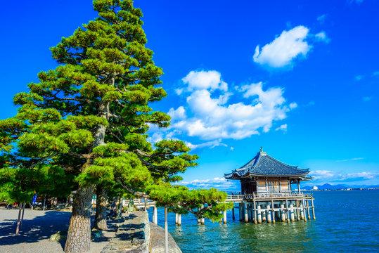滋賀県 満月寺浮御堂 琵琶湖