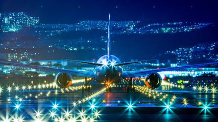 滑走路と飛行機,夜景