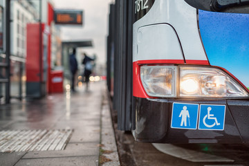 Buseinstieg für Behinderte