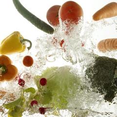 飛び出す野菜