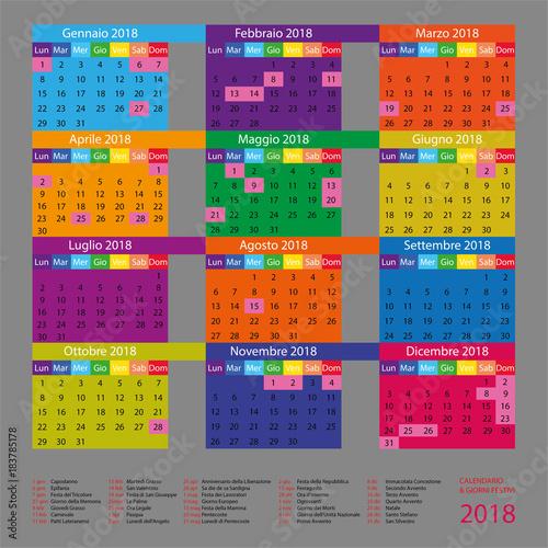 Calendario Aprile 2018 Con Festivita.Calendario Italiano Con Giorni Festivi Per Il 2018 Stock