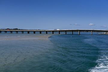 Brücke zwischen Insel und Festland