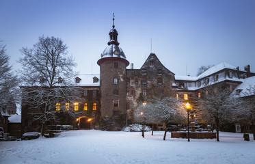 Schloss Laubach im Winterzauber