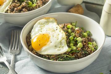 Healthy Organic Quinoa Breakfast Bowl