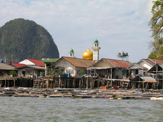 Tailandia. Krabi en el mar de Andamán, zona de excepcional belleza natural de Asia