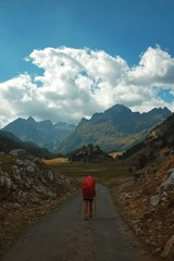 hike the pyrenees