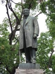 千代田区大手町の常盤橋公園にある渋沢栄一像