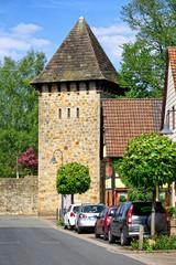 Stadtmauer und Ehrenmal von Rinteln, Deutschland
