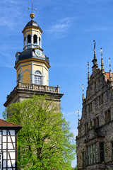 Nikolaikirche und Rathaus in Rinteln, Deutschland