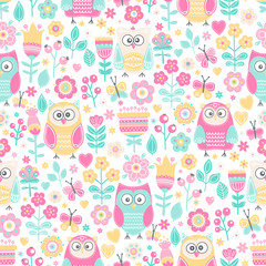 Vector seamless pattern with owls and flowers. Cute childish background with hand drawn birds, plants and berries. On white backdrop.  Pastel colors.