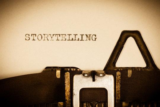 STORYTELLING - auf alter Schreibmaschine geschrieben