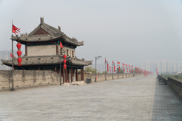 Foto op Aluminium Xian Xian City Wall on a Foggy Morning in China Wide Shot with Copy Space