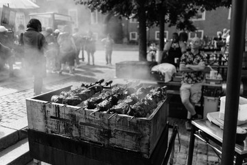 Barbecue beef in black and white