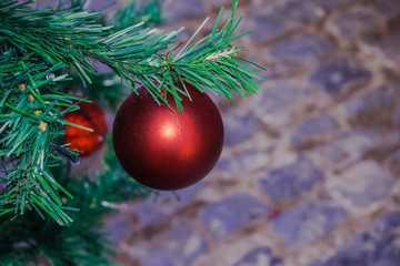 red ball christmas tree decoration