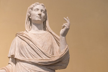 Ancient Roman marble statue of a woman