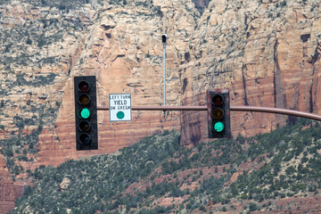 A green light on the traffic signal in Sedona