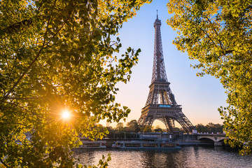 Sunrise at the Eiffel tower during autumn, Paris
