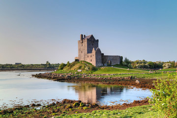 Keuken foto achterwand Kasteel 16th Century Dunguaire castle in west Ireland