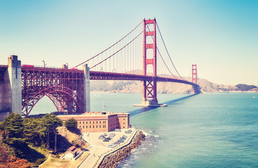 Stores photo San Francisco Panoramic picture of the Golden Gate Bridge, color toned image, San Francisco, USA.