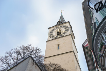 Turmuhr an der Kirche St. Peter in Zürich