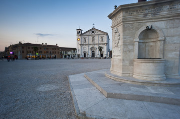 Foto auf Acrylglas Denkmal The cathedral of Palmanova in the main square. The historic city is a national monument and from 2017 is unesco humanity heritage. Friuli Region, Italy.