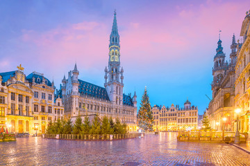 Foto op Canvas Brussel The Grand Place in old town Brussels, Belgium