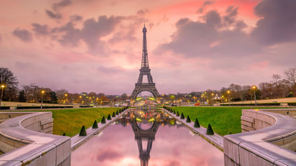 Eiffel Tower at sunrise from Trocadero Fountains in Paris Wall mural