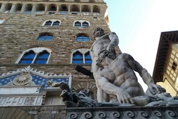 Ercole e Caco davanti a Palazzo della Signoria