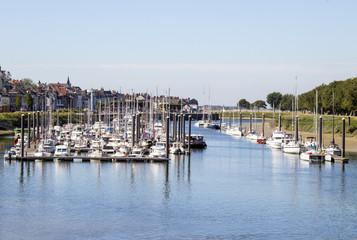 Photo Blinds Port Saint Valéry sur Somme. Le port vu du pont. Somme. Picardie