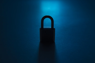 padlock silhouette in kontrovy light