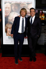 "Cast members Wilson and Helms pose at the premiere for ""Father Figures"" in Los Angeles"