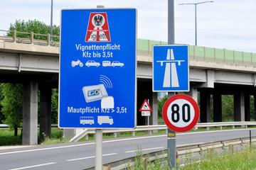 Autobahn, Maut, Vignette
