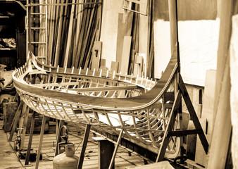 Spoed Fotobehang Gondolas gondola building