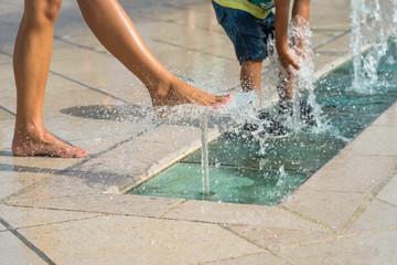 Photo sur Plexiglas Fontaine fontaines en centre ville