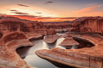 Lake Powell Sunrise, Utah, USA.