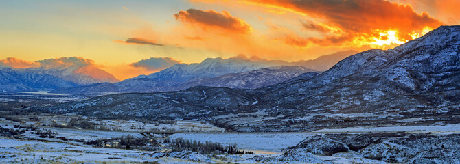 Wall Mural - Snowy winter sunset in the Utah mountains, USA