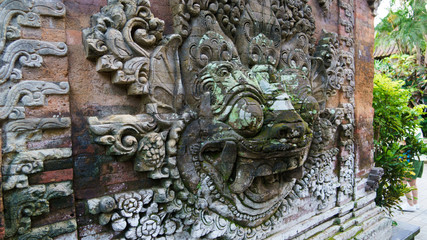 バリ ウブド王宮 獅子 BALI Ubud royal palace guardian lions