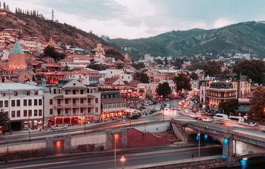 Fotomurales - Beautiful view of Tbilisi in evening. Georgia