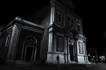 Chiesa con spacciatore