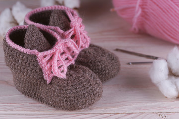 Baby booties crocheted