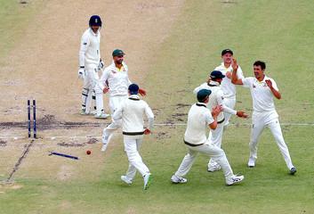 Cricket - Australia v England - Ashes test match