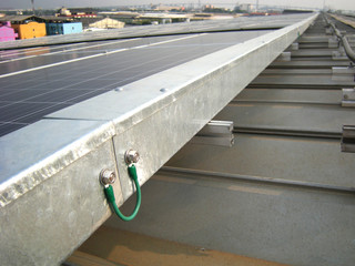 Ground Bonding  for Electrical Wireway Solar Rooftop
