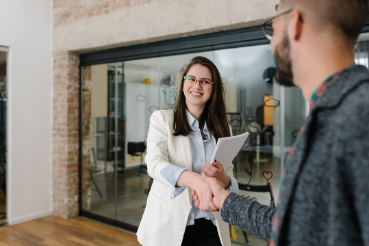 Warm welcome and a handshake opens any job interview