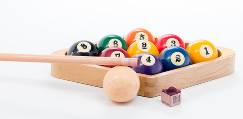 9 ball pool rack with queue and chalk