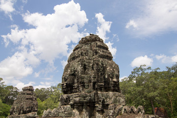 Angkor Thom : Traces of the Khmer civilization
