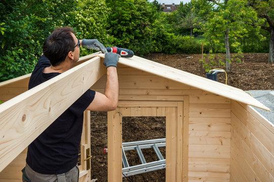 construction chalet de jardin