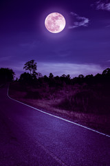 Stores à enrouleur Violet Dark sky with full moon and roadway through suburban zone.