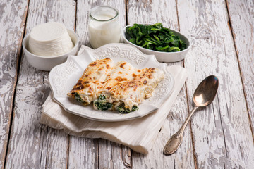 cannelloni ricotta and spinach